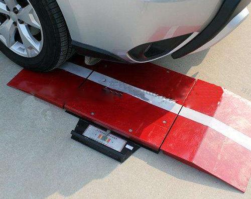 转向轮侧滑安全检测